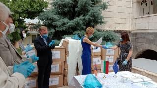 Изпратихме защитни облекла, очила и шлемове на Армения и Грузия