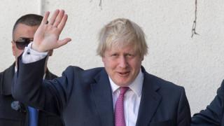 Джонсън иска сериозни разговори за Брекзит, докато Мей е в Брюксел