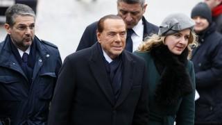 Берлускони: Италия не трябва да напуска еврото