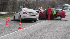 Челна катастрофа блокира Подбалканския път София - Бургас
