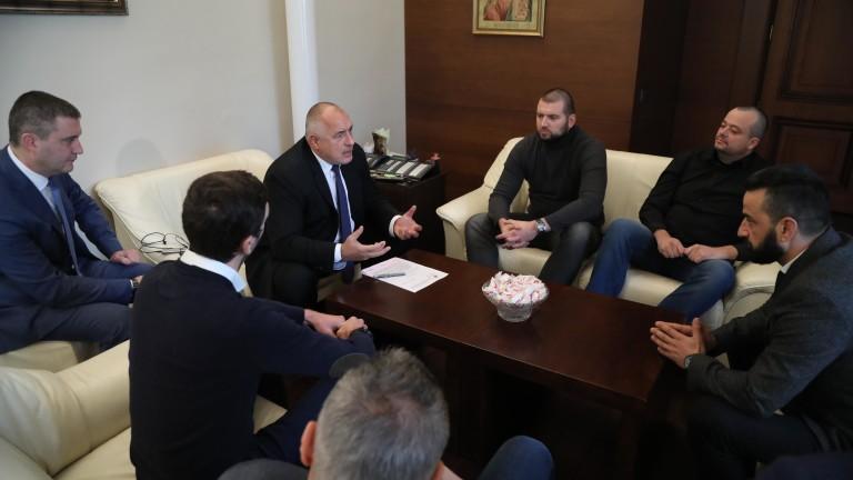 Борисов убеждава феновете, че е левскар