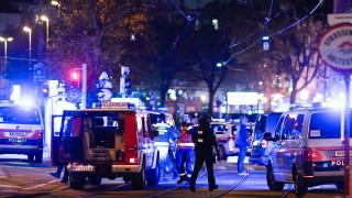 Общественият транспорт не спира в центъра на Виена