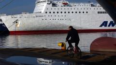 Стачката на моряците в Гърция продължава