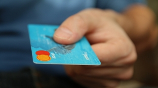 Ограничаване на плащанията в брой до 1000 лева: Какъв ще бъде ефектът?