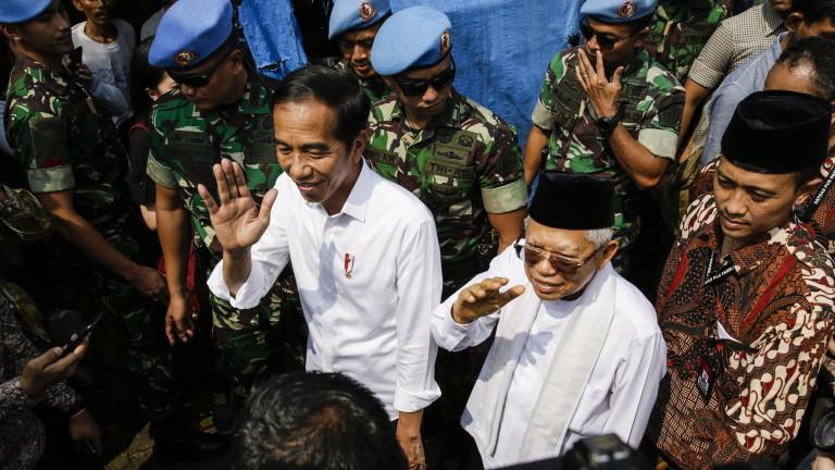 Индонезийският президент Джоко Видодо е преизбран за втори мандат, показват