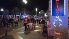 10 деца сред жертвите в Ница, 50 - в болница