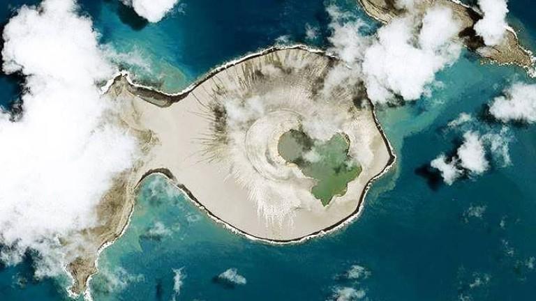 Как един остров се появи в Тихия океан
