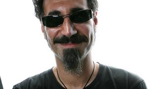 Вокалистът на System of a Dawn иска да се замени с холограма по турнетата