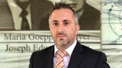 Обявяват проф. Теньо Попминчев за почетен гражданин на Казанлък