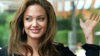 Анджелина Джоли отново начело в класация за сексапил