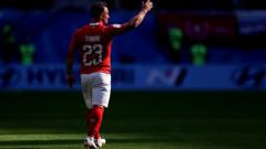 Манчестър Юнайтед се включва в битката за подписа на Джердан Шакири