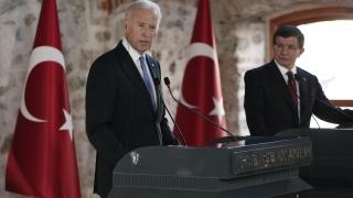 Белият дом на пожар разяснява думи на Джо Байдън за войната в Сирия
