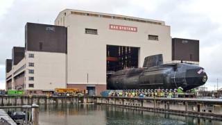 В Англия евакуират корабостроителница след сигнал за бомба на ядрена подводница