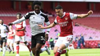 Арсенал се спаси с гол в 97-ата минута срещу Фулъм