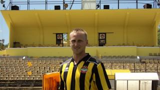 Футболист е татко на първото бебе в Пловдив за 2013-а