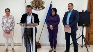 Българи с румънски телефони рекетирали земеделци