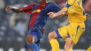 Барселона блъсна Левски, Литекс е на крачка от групите