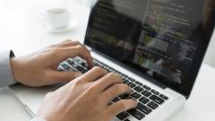 Какви заплати получават програмистите в България?