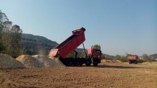Ограничават движението по пътя Мездра-Ботевград