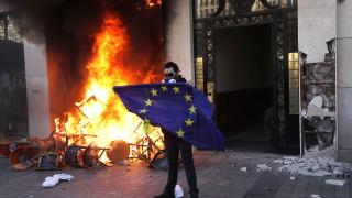 Горенето на флага на ЕС вече се наказва със затвор в Германия