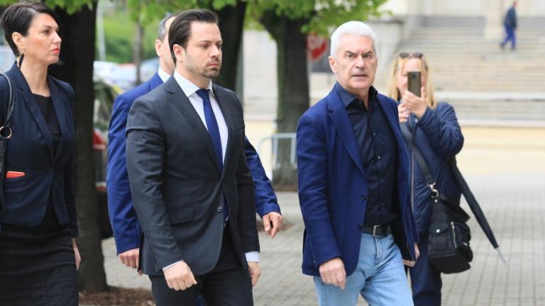 Снимка: За повече евросубсидии се борят кандидатите на Атака