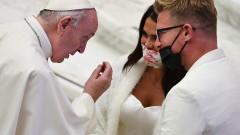 Зов на папата за климата: Земята не може да бъде изцедена като портокал