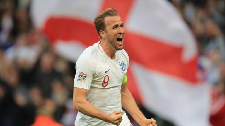 Англия спечели домакинството си на Хърватия в мач от Лига