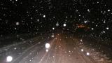 Снегът затвори магистрала Люлин за камиони