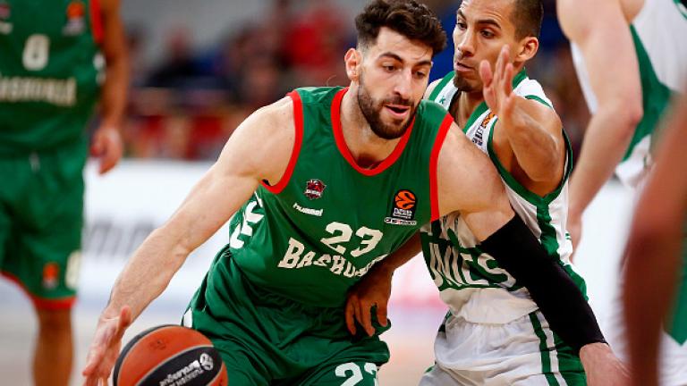 Баскония победи шампиона Фенербахче с 88-83 и намали резултата в