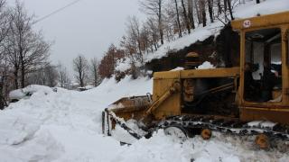 """Снегът тества готовността на почистване на """"Хемус"""""""