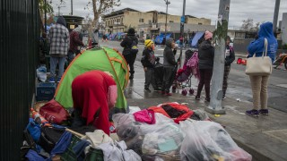 Калифорния обяви кризисна ситуация с бездомните в щата