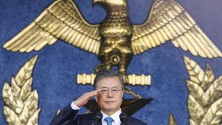 """Мун Дже-ин с рокади в кабинета за """"нов Корейски полуостров"""""""