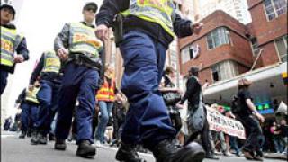 В Сидни евакуираха 5000 студенти заради взривоопасно вещество