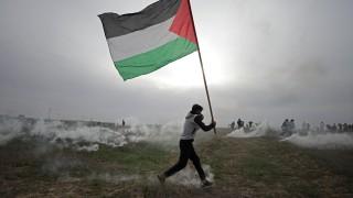 """""""Смърт за Тръмп"""" крещят хиляди палестинци"""