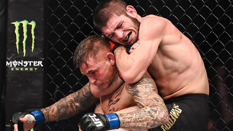 Хабиб Нурмагомедов остава господаря на лека категория в UFC. Дагестанският