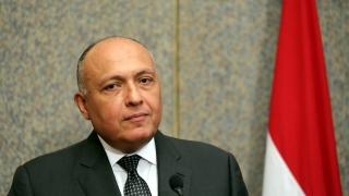 Либийската криза не може да се реши с военни средства според Египет