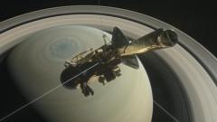 """""""Касини"""" приключва мисията си с гмуркане към облаците на Сатурн"""