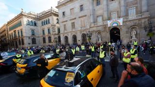 Коронавирус: Испания удължи извънредното положение с 6 месеца