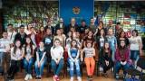 Красен Кралев показа на ученици  световната купа по волейбол