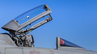 Двама ирански пилоти загинаха при инцидент с катапултиращите седалки на F-5