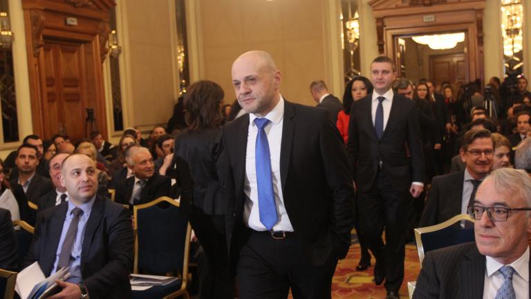 За Дончев коалиция с БСП звучи изкусително, но не вижда как ще стане