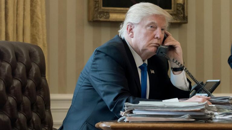 Президентът на САЩ Доналд Тръмп възнамерява да разговаря по телефона