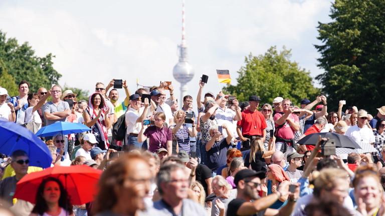 Компании пред колапс: Германският бизнес иска план за по-бързо отваряне на икономиката