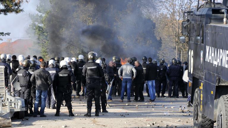 Награждават полицаите, овладяли бунта в Харманли