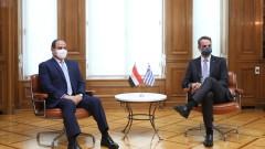 Гърция и Египет приветстват по-решителното участие на САЩ при Байдън