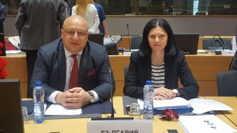 Красен Кралев в Брюксел: Българското правителство ще работи активно за реализацията на младите хора
