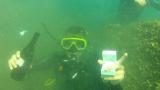 DJ Дончо стана съучастник в подводен годеж (СНИМКИ)