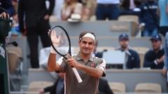 """Роджър Федерер вече е осминафиналист на """"Ролан Гарос"""""""