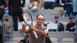 Федерер се справи с италианец на старта на Ролан Гарос