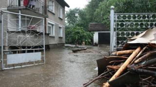 Най-наводнени са кварталите в подножието на Витоша
